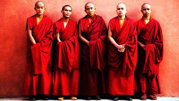 Budistiniai drabužiai